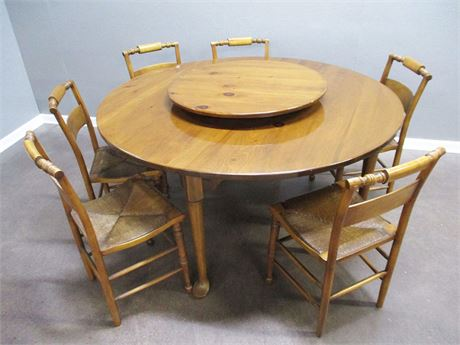 VINTAGE KNOTTY PINE TABLE AND 6 HIGH POINT RUSH SEAT CHAIRS
