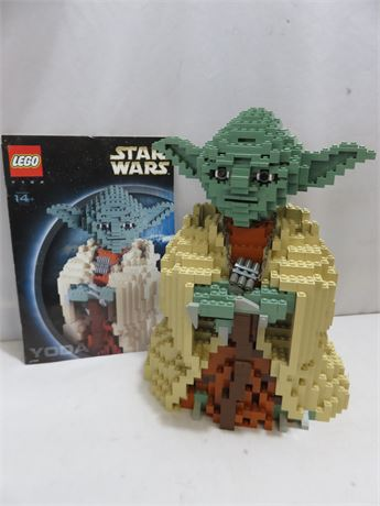 LEGO Star Wars Ultimate Collector's Series Yoda #7194
