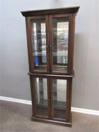 Pulaski Furniture Curio/Display Cabinet