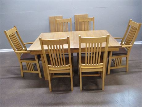OAK EXPRESS MISSION-STYLE DINING TABLE, 2 LEAVES, 6 CHAIRS