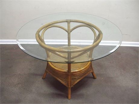 RATTAN/WICKER TABLE WITH BEVELED GLASS TOP