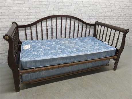 Sleigh Style Hideaway Trundle Daybed