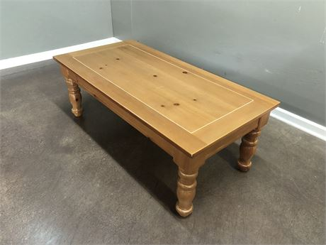 Transitional Design Online Auctions Broyhill Fontana Pine Coffee Table