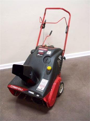 TROY-BILT SQUALL 521 5HP 4-CYCLE SNOW THROWER