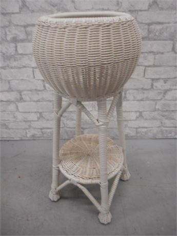 WHITE WICKER PLANT STAND