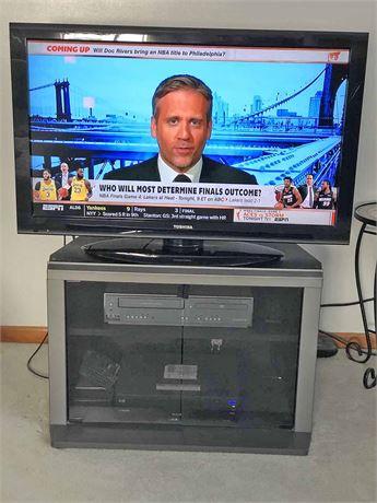 Toshiba Flat Screen, DVD Player & Cabinet
