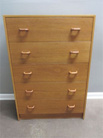 Small 5 Drawer Chest