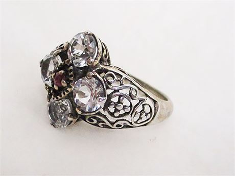 SIZE 8 STERLING SILVER RING