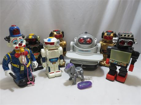 Battery Operated Robot Lot