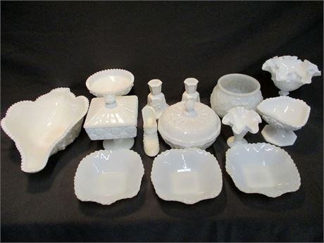 LOT OF MILK AND WHITE GLASS FEATURING FENTON AND WESTMORELAND
