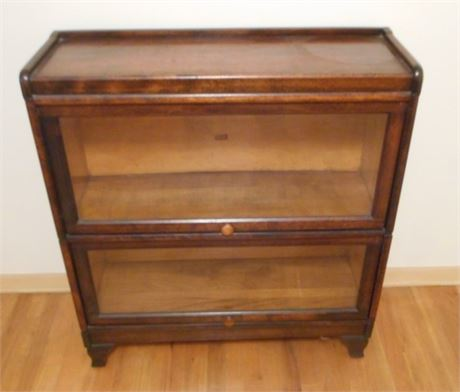 GREAT LOOKING VINTAGE WEIS BARRISTER 2-TIER BOOKCASE