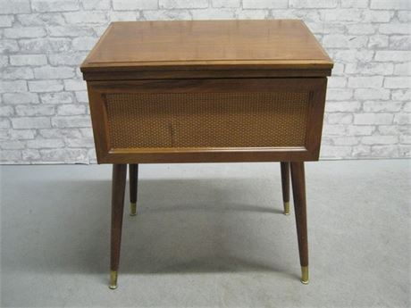 VINTAGE MID CENTURY KENMORE SEWING MACHINE WITH CABINET