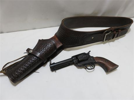 COLT45 Replica Prop Revolver with Holster