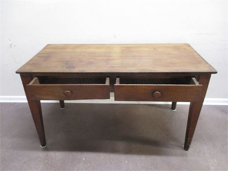 VINTAGE TABLE WITH DRAWERS