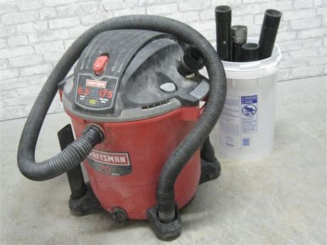 CRAFTSMAN 20 GALLON SHOP VAC WITH ATTACHMENTS