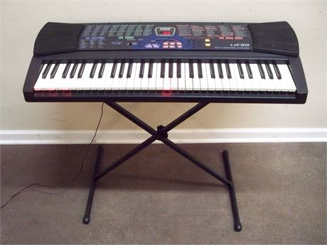 CASIO LK-30 WITH KEYBOARD LIGHTING SYSTEM