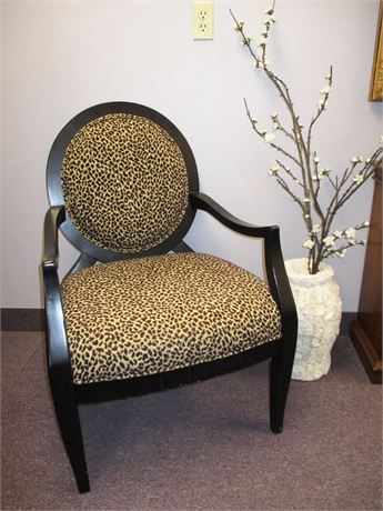 ASHLEY FURNITURE LEOPARD UPHOLSTERED ARM CHAIR