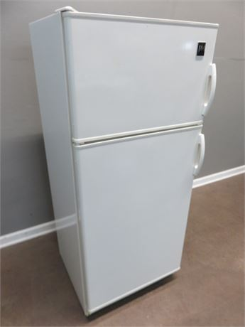 GE 9.0 cu. ft. Cycle Defrost Refrigerator