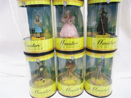 "LOT OF ""WIZARD OF OZ"" WB MINIATURE COLLECTIBLES"