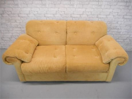 NICE FLEXSTEEL CORDUROY LOVESEAT WITH ARM PROTECTORS
