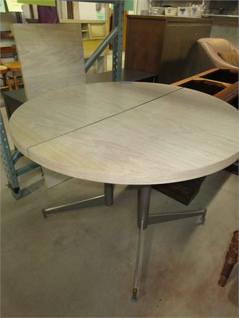 Round Top Party Table