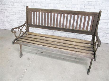 VINTAGE WOOD AND WROUGHT IRON GARDEN BENCH