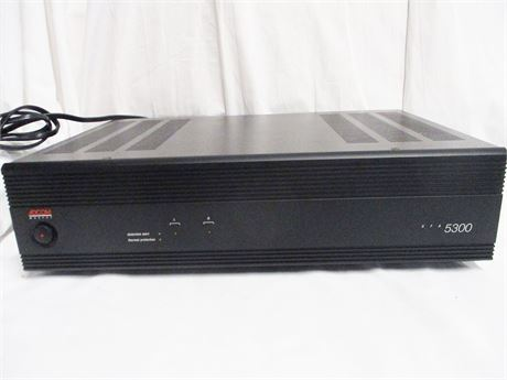 ADCOM MOSFET GFA 5300 STEREO 2-CHANNEL POWER AMPLIFIER
