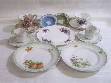 13 PIECE MISC. CHINA LOT
