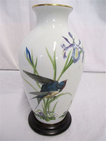 "FRANKLIN PORCELAIN ""THE MEADOWLAND BIRD VASE"" BY BASIL EDE"