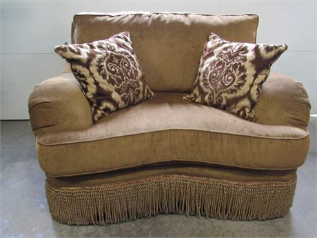 Key City Furniture Comfy Fringed Oversized/Chair and a Half