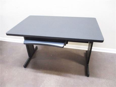 FELLOWES METAL DESK