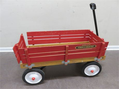 RADIO FLYER Town & Country Wooden Wagon