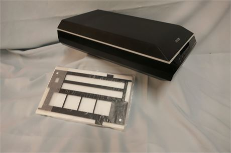 Epson Perfection V550 Photo Scanner, and Negative holder (to scan also)