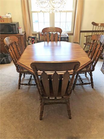 Singer Pine Dining Set