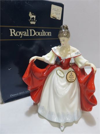 1980 ROYAL DOULTON HN2265 Sara Figurine