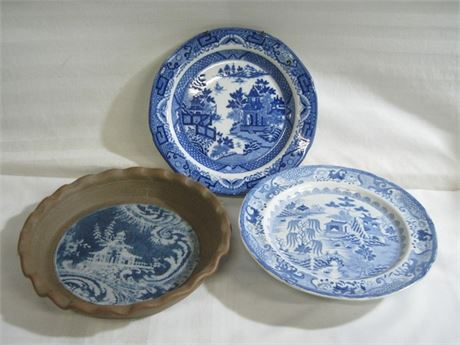 3 PIECE BLUE WILLOW LOT