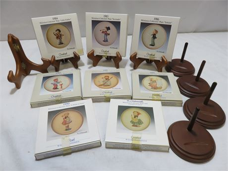 GOEBEL Miniature Hummel Collectors' Plate Lot