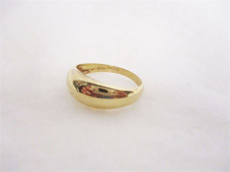 SIZE 7 MILOR ITALY 14KT GOLD RING