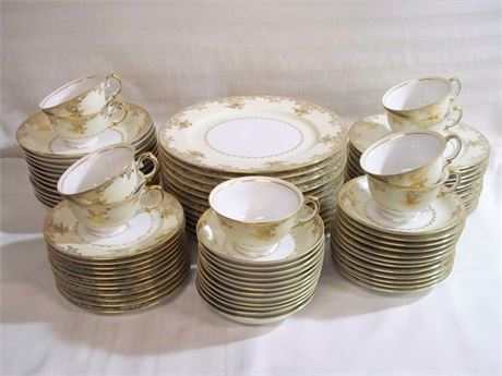 LARGE VINTAGE ROYAL EMBASSY BANGOR CHINA DINNERWARE LOT - 80 PIECES