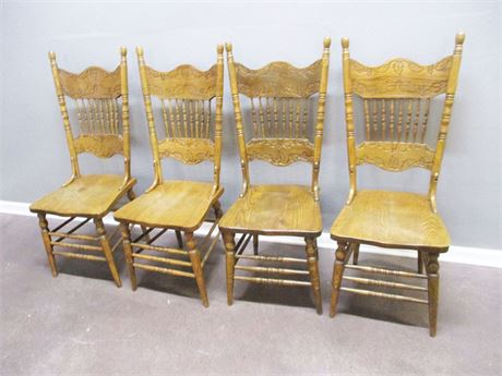 LOT OF 4 VINTAGE OAK PRESS BACK CHAIRS