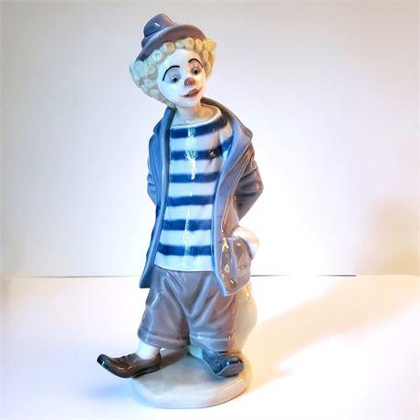 "Lladro Figurine ""Little Traveler"" #7602 Signed"