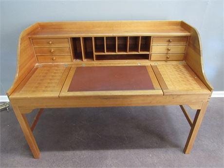 Nice Arhaus Desk with Dove-tailed Drawers
