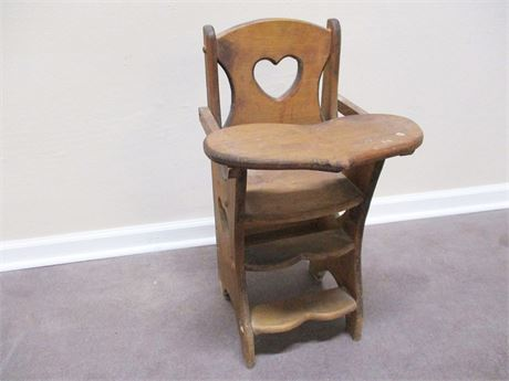 VINTAGE SMALL CHAIR