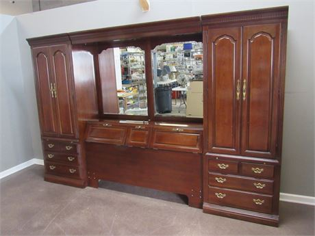 Thomasville Queen/Full Bed Headboard/Wall Unit - 6 Pieces