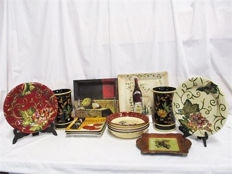 LOT OF WINE AND PASTA THEMED CERAMICS