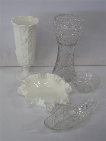 5 PIECE GLASS LOT INCLUDING LARGE ETCHED/CUT GLASS VASE