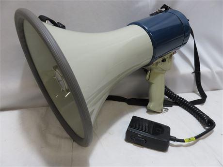 RADIO SHACK PowerHorn Megaphone