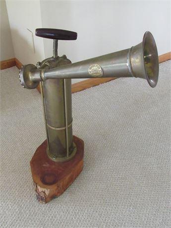 Vintage Tyfon - Malmo Sweden Brass Ship Air Fog Horn