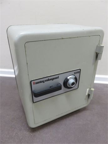 SENTRY Valueguard 1310 Floor Safe