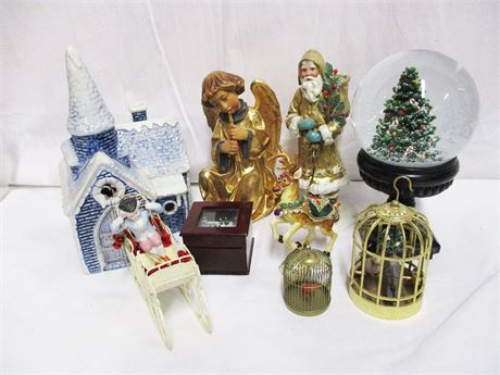 LOT OF HOLIDAY DECOR